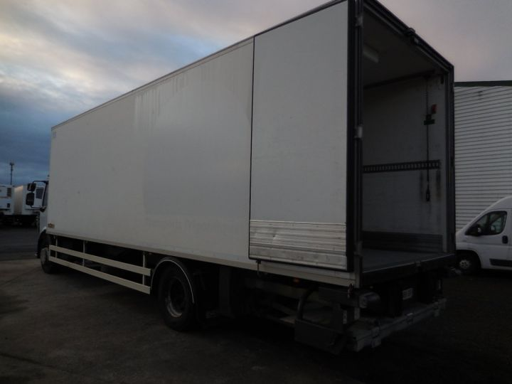Camión Renault Midlum Caja frigorífica 300.18  - 2