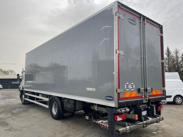 Camión Scania P Caja frigorífica 320  - 3