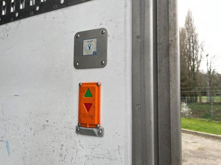 Camión Scania P Caja frigorífica 320  - 8