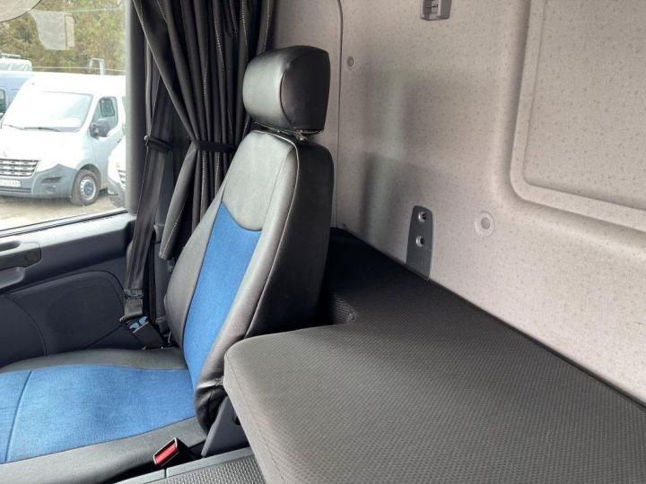 Camión Scania P Caja frigorífica 320  - 14