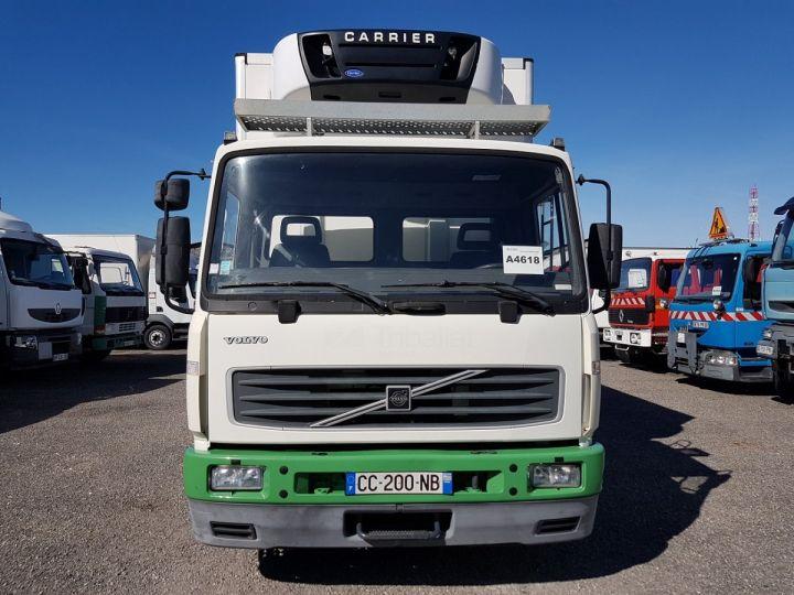 Camión Volvo FL Caja frigorífica 180.12 - FRIGO 25m3 - 154000 kms BLANC - VERT - 16