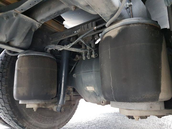 Camión Renault Premium Cisterna hydrocarburos 320dci.19D CITERNE A HUILE ROUGE et BLANC - 15