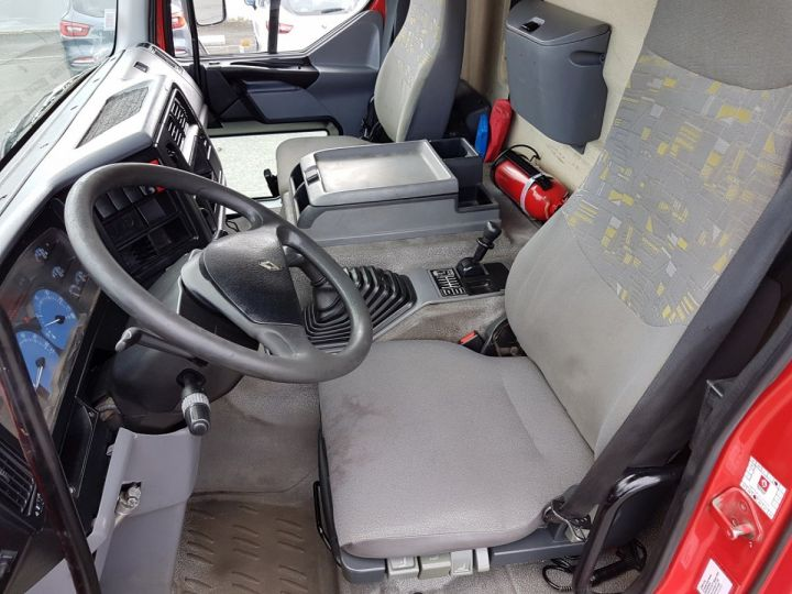 Camión Renault Premium Cisterna hydrocarburos 320dci.19D CITERNE A HUILE ROUGE et BLANC - 16