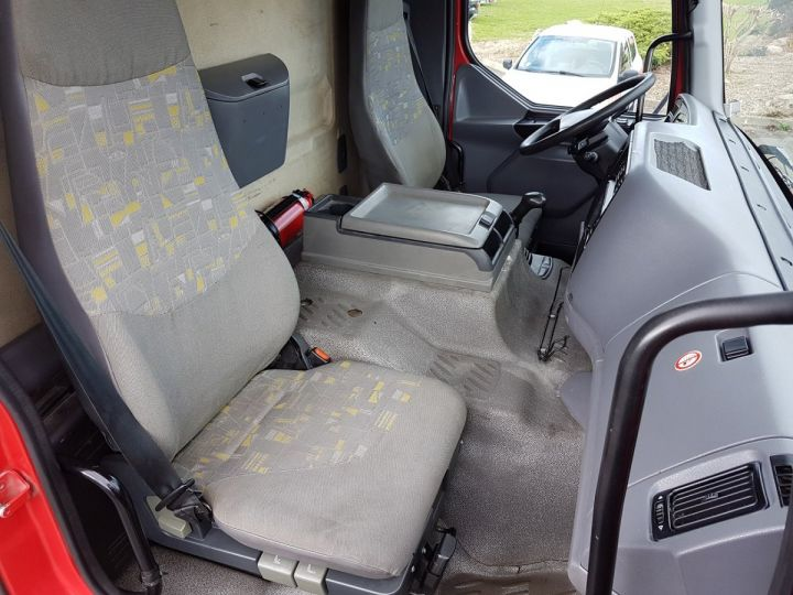 Camión Renault Premium Cisterna hydrocarburos 320dci.19D CITERNE A HUILE ROUGE et BLANC - 17