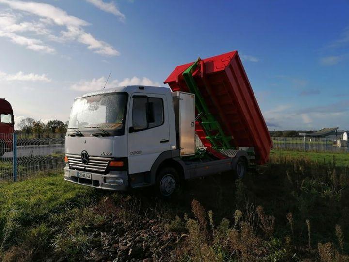 Camion porteur Mercedes Atego Ampliroll Polybenne Blanc et vert - 7