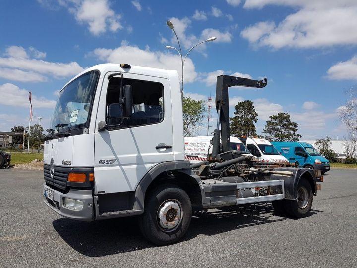 Camion porteur Mercedes Atego Ampliroll Polybenne 917 KN - GUIMA BL6 + 1 benne BLANC Occasion - 2