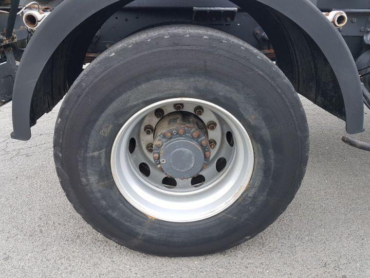 Camion porteur Renault Kerax Ampliroll Polybenne 370dci.19 potence cassée VERT - BLEU Occasion - 12