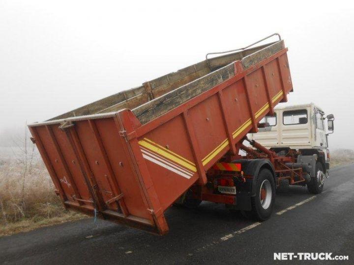 Camion porteur Renault Major Ampliroll Polybenne R330.19 BLANC et ROUGE - 3