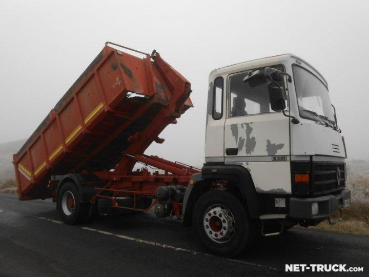 Camion porteur Renault Major Ampliroll Polybenne R330.19 BLANC et ROUGE - 4