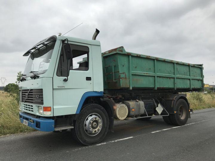 Camion porteur Volvo FL Ampliroll Polybenne 7 F 230 VERT ET BLEU - 1