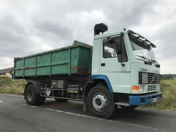 Camion porteur Volvo FL Ampliroll Polybenne 7 F 230 VERT ET BLEU - 6