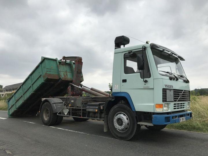 Camion porteur Volvo FL Ampliroll Polybenne 7 F 230 VERT ET BLEU Occasion - 7