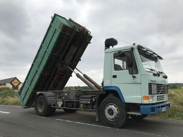 Camion porteur Volvo FL Ampliroll Polybenne 7 F 230 VERT ET BLEU - 8