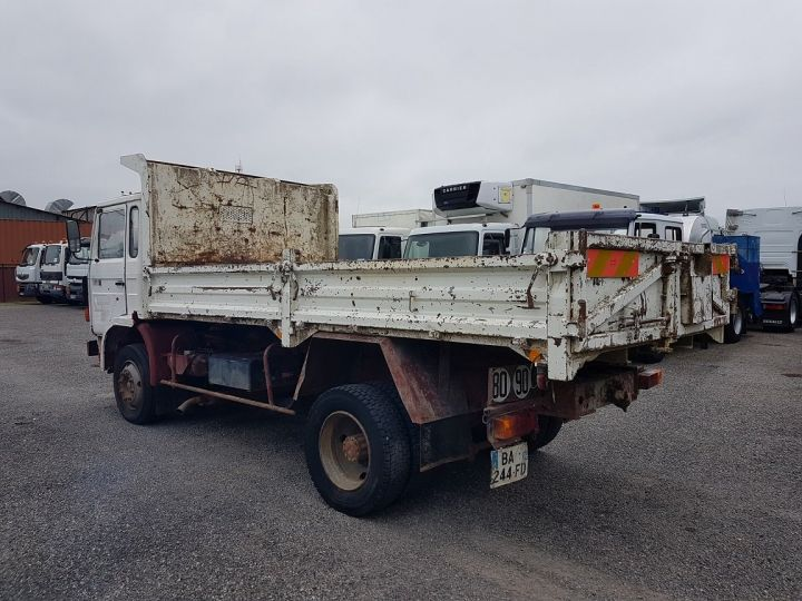 Camion porteur Renault J Benne arrière P 11 BENNE BLANC - 6