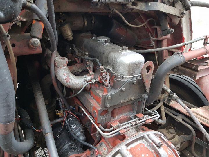 Camion porteur Renault J Benne arrière P 11 BENNE BLANC - 11