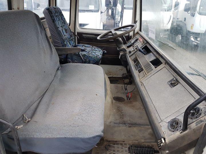 Camion porteur Renault J Benne arrière P 11 BENNE BLANC - 19