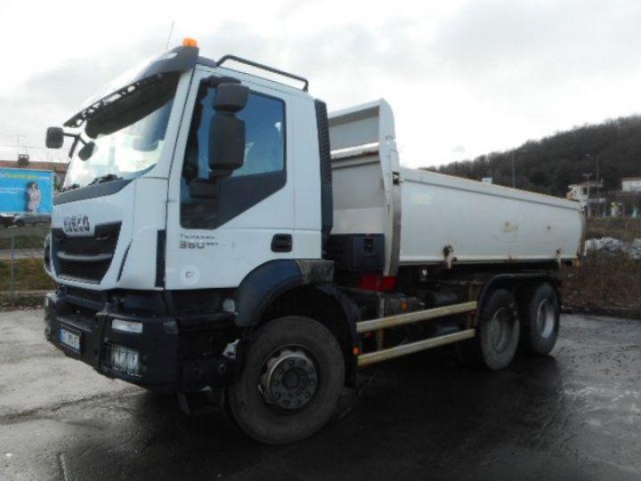 Camion porteur Iveco Trakker Bibenne / Tribenne AD260T36  Occasion - 2