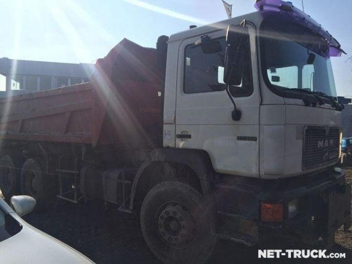 Camion porteur Man F2000 Bibenne / Tribenne  - 1