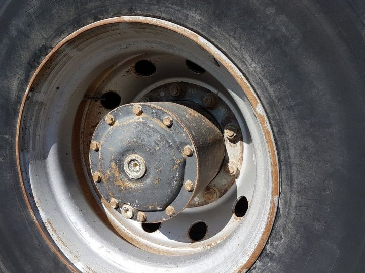 Camion porteur Mercedes 2024 Bibenne / Tribenne HNK MARRON Occasion - 14