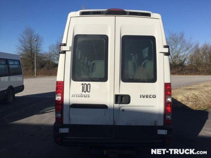 Camion porteur Iveco Daily Bus et Cars  - 4