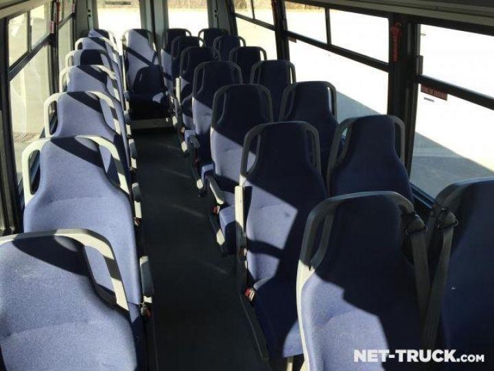 Camion porteur Iveco Daily Bus et Cars  - 5