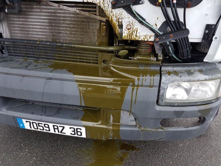 Camion porteur Renault Premium Caisse fourgon + Hayon élévateur 220dci.16 - Moteur en panne / pour pièces BLANC - 3