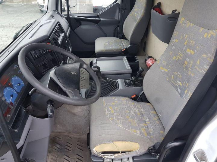 Camion porteur Renault Premium Caisse fourgon + Hayon élévateur 220dci.16 - Moteur en panne / pour pièces BLANC - 19