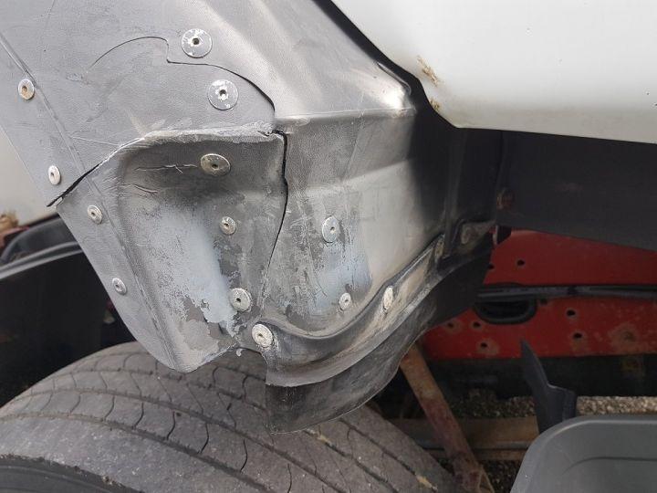 Camion porteur Renault Premium Caisse fourgon + Hayon élévateur 260.19 - LAMES BLANC - 11