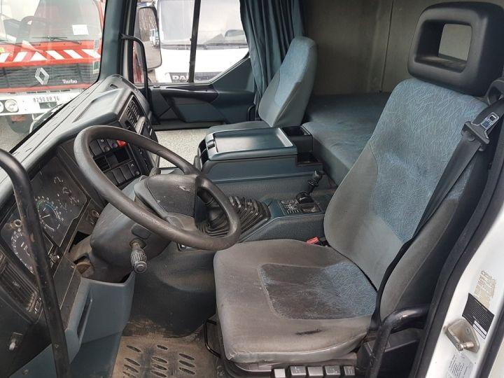 Camion porteur Renault Premium Caisse fourgon + Hayon élévateur 260.19 - LAMES BLANC - 19