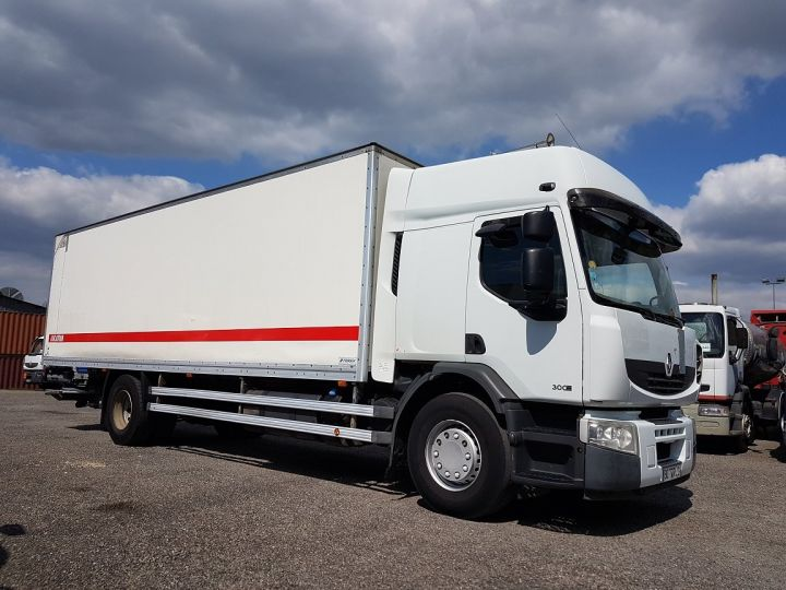 Camion porteur Renault Premium Caisse fourgon + Hayon élévateur 310dxi.19D PRIVILEGE - Fourgon abimé BLANC - 4