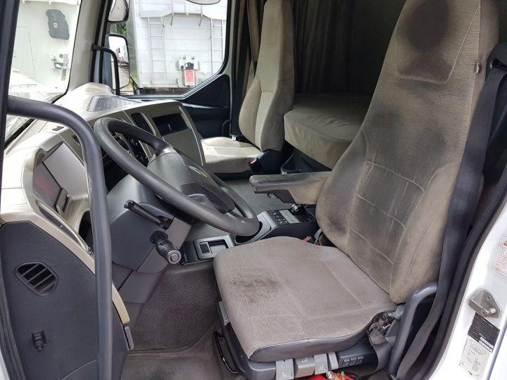 Camion porteur Renault Premium Caisse fourgon + Hayon élévateur 450dxi + SAMRO - COMBI BOX 104m3 BLANC Occasion - 16