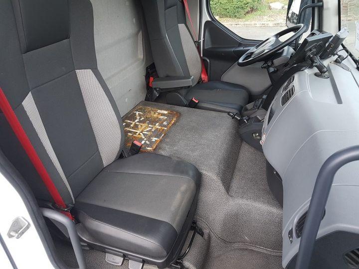 Camion porteur Renault D Caisse fourgon + Hayon élévateur 12.210dti euro 6 BLANC - 20