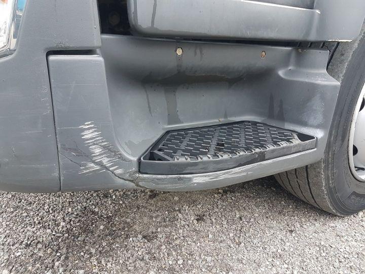 Camion porteur Renault D Caisse fourgon + Hayon élévateur 12.210dti FOURGON 6m50 BLANC - 16