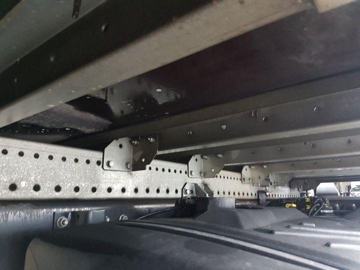 Camion porteur Renault D Caisse fourgon + Hayon élévateur 12.210dti FOURGON 6m50 BLANC - 18