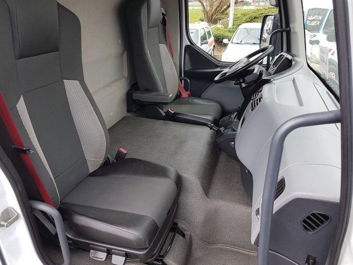Camion porteur Renault D Caisse fourgon + Hayon élévateur 16.250dti BLANC - 17