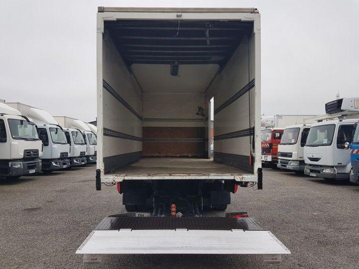 Camion porteur Renault D Caisse fourgon + Hayon élévateur MED 12.210dti FOURGON 6m50 BLANC - 6