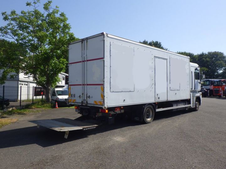 Camion porteur Renault Magnum Caisse Fourgon Blanc - 2