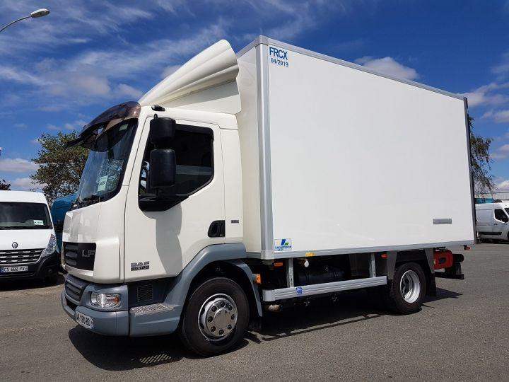 Camion porteur Daf LF Caisse frigorifique 45.180 PORTE-VIANDES BLANC Occasion - 1