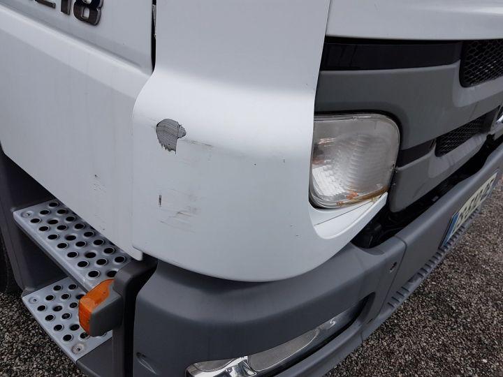 Camion porteur Mercedes Atego Caisse frigorifique 1218 NL Bluetec 5 BLANC Occasion - 17