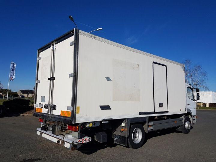 Camion porteur Mercedes Atego Caisse frigorifique 1317 FRIGO MAGASIN BLANC - 2