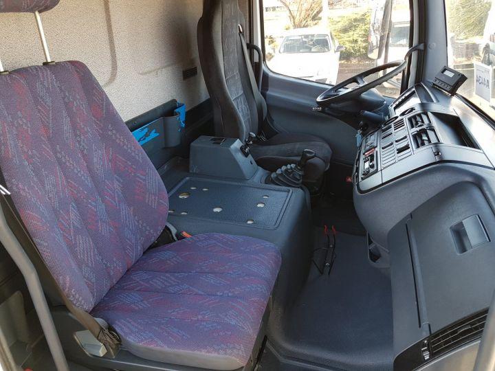 Camion porteur Mercedes Atego Caisse frigorifique 1317 FRIGO MAGASIN BLANC - 16