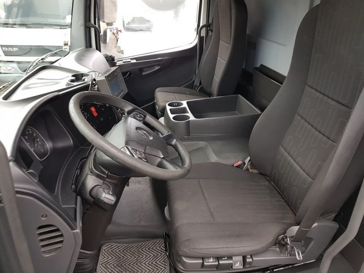 Camion porteur Mercedes Atego Caisse frigorifique 1318 NL euro 6 - BI-TEMPERATURE BLANC - 19