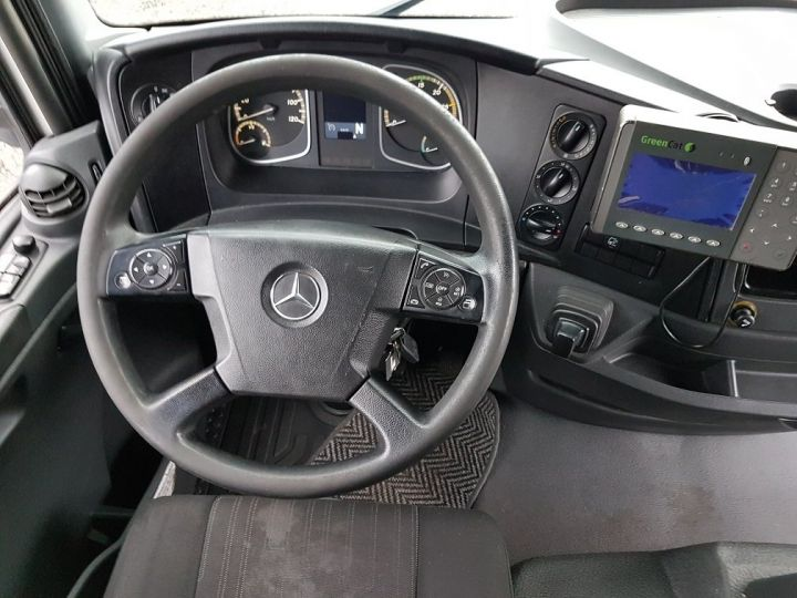 Camion porteur Mercedes Atego Caisse frigorifique 1318 NL euro 6 - BI-TEMPERATURE BLANC - 21
