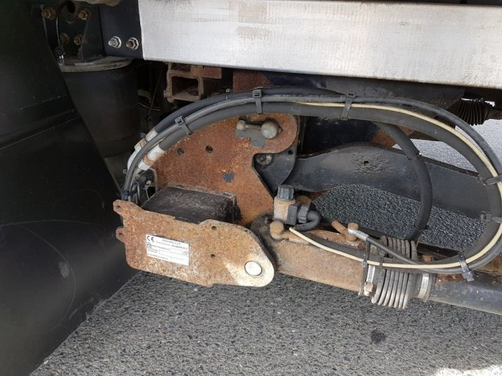 Camion porteur Renault Midlum Caisse frigorifique 220dci.16 BLANC - 17