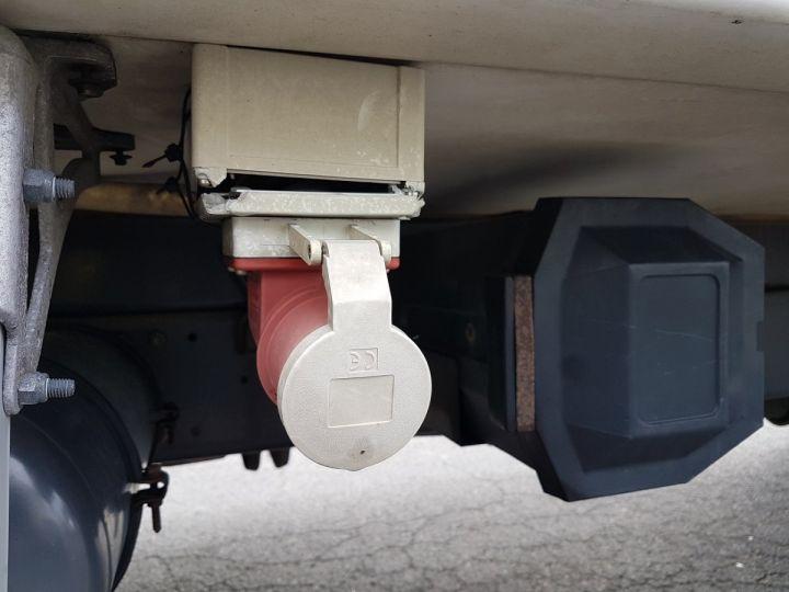 Camion porteur Renault Premium Caisse frigorifique 220dci.16D BLANC Occasion - 18