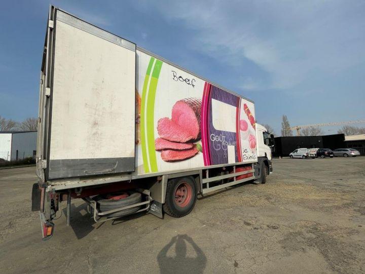 Camion porteur Scania D Caisse frigorifique 94D 260 CV PORTEUR COUCHETTE FRIGORIFIQUE PENDERIE A VIANDE  BLANC - 4