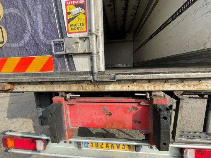 Camion porteur Scania D Caisse frigorifique 94D 260 CV PORTEUR COUCHETTE FRIGORIFIQUE PENDERIE A VIANDE  BLANC - 7