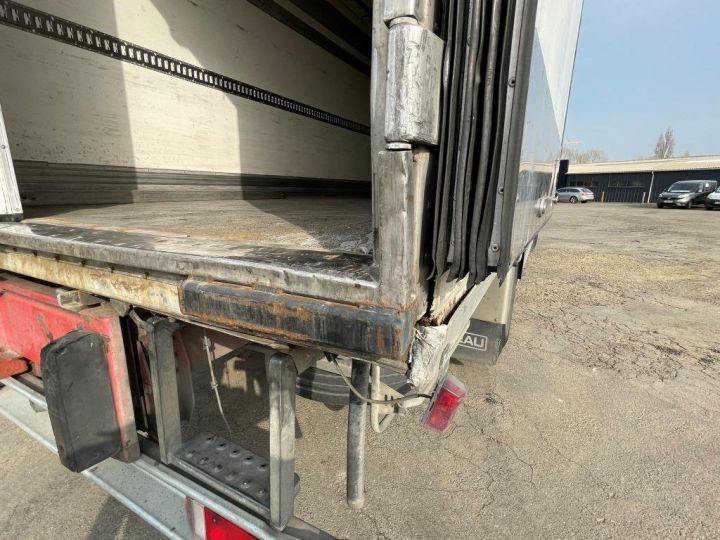 Camion porteur Scania D Caisse frigorifique 94D 260 CV PORTEUR COUCHETTE FRIGORIFIQUE PENDERIE A VIANDE  BLANC - 8