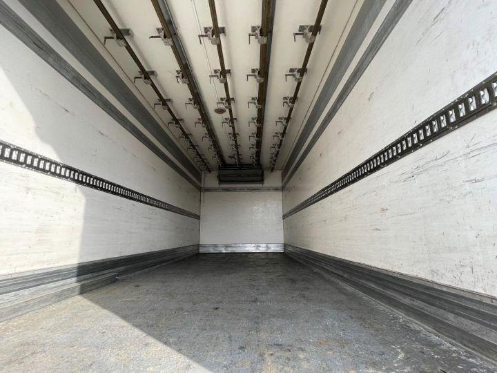 Camion porteur Scania D Caisse frigorifique 94D 260 CV PORTEUR COUCHETTE FRIGORIFIQUE PENDERIE A VIANDE  BLANC - 9