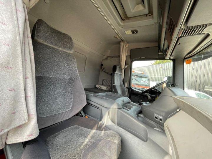 Camion porteur Scania D Caisse frigorifique 94D 260 CV PORTEUR COUCHETTE FRIGORIFIQUE PENDERIE A VIANDE  BLANC - 11